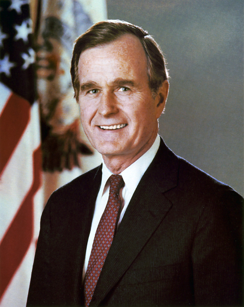 George_H._W._Bush,_President_of_the_United_States,_official_portrait